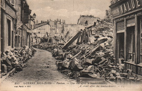 Town of Verdun, after German artillery.
